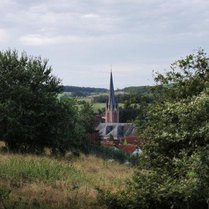 47 Meter hoch ist der Kirchturm unserer Protestantischen Kirche.